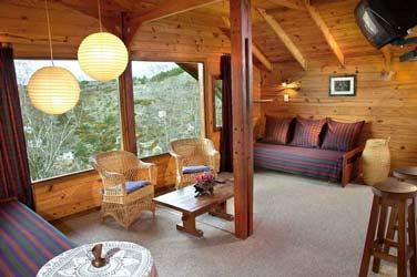 Decoracion con madera madera for Decoracion techos madera interior