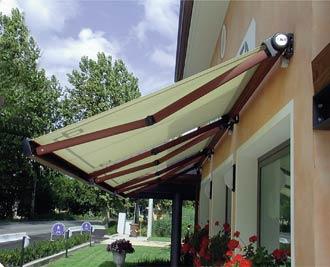 Toldos para protegerse del sol decoracion de exteriores - Toldos para patios exteriores ...