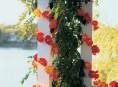 imagen Guirnaldas de flores iluminadas