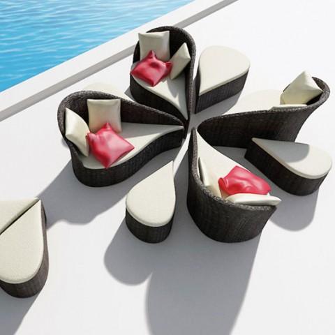 Un bello juego de sillones muebles for Juego de sillones para balcon