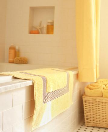 Un toque de color en tu baño