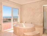 imagen Animarse al color rosa en el baño
