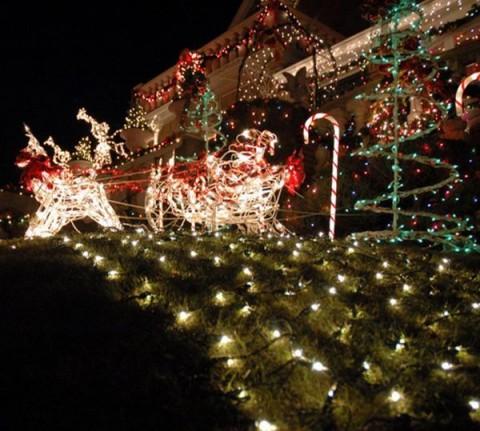 Decoracion exterior navide a con luces - Decoracion navidad exterior ...