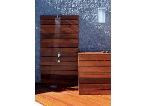 Un jardín interior minimalista-07