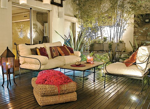 Mesas y livings al aire libre for Camastros de hierro para jardin