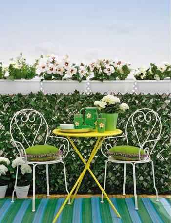 Seis ideas para terrazas peque as for Sofas para terrazas pequenas