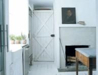 imagen Una cocina blanca y rústica