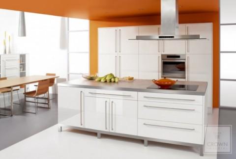 Modernas y sofisticadas cocinas en color naranja-18
