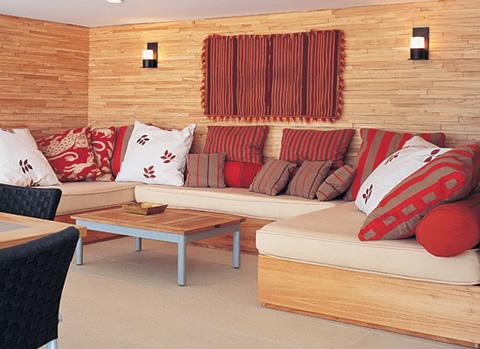 Cojines para renovar tu sala - Hacer cojines para sofa ...