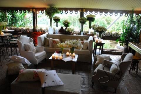 Decoración de una fiesta de casamiento con estilo campestre-03
