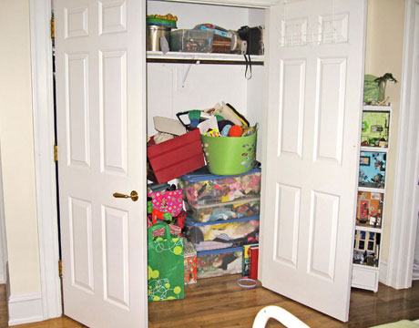 Un closet transformado en oficina1