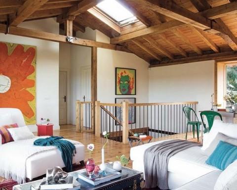 Una casa rural de estilo rústico y muy colorida-01