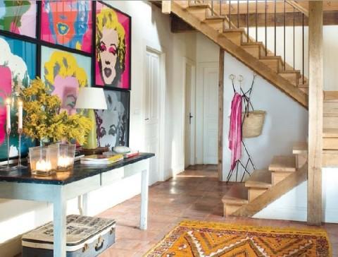 Una casa rural de estilo rústico y muy colorida-10