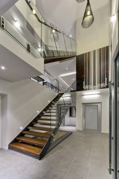 Casas_ sofisticada, moderna y lujosa residencia-01