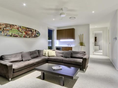 Casas_ sofisticada, moderna y lujosa residencia-03