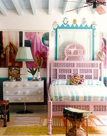 Rojo, rosado y lila en las habitaciones-01