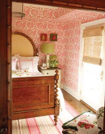 Rojo, rosado y lila en las habitaciones-02