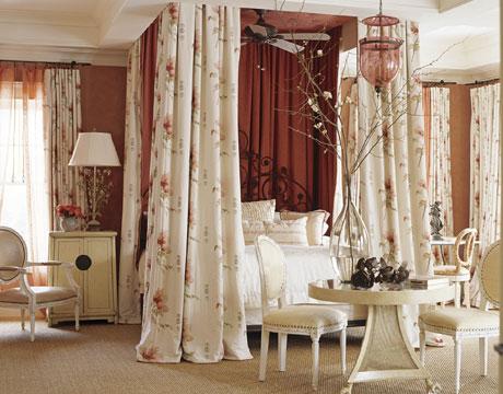Rojo, rosado y lila en las habitaciones-11