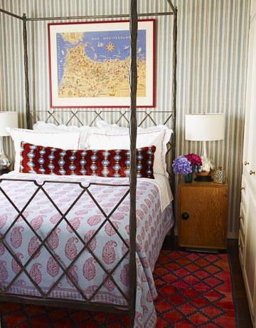 Rojo, rosado y lila en las habitaciones-15