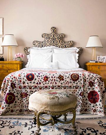 Rojo, rosado y lila en las habitaciones-18