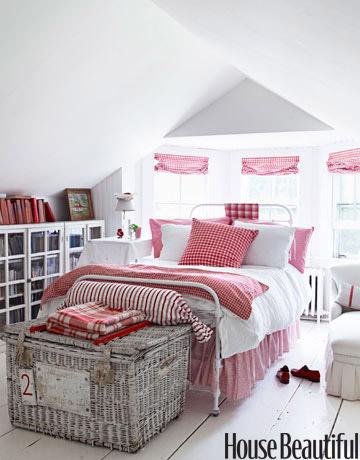 Rojo, rosado y lila en las habitaciones-19