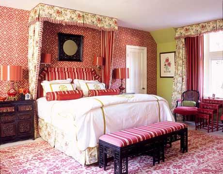 Rojo, rosado y lila en las habitaciones-20