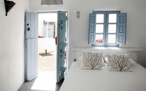 Una casa con estilo griego for Decoracion casa griega