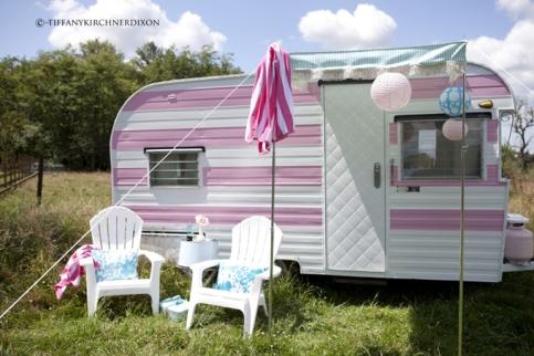 Una casa rodante decorada con estilo - Interior caravanas decoracion fotos ...