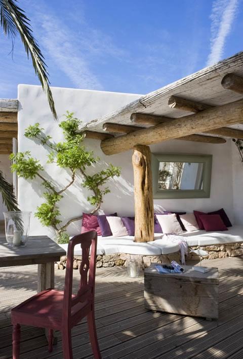 R stica y campestre residencia for Decoracion de interiores y exteriores