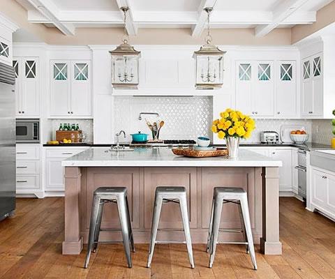 Una cocina y cientos de ideas para decorar - Banquetas para isla ...