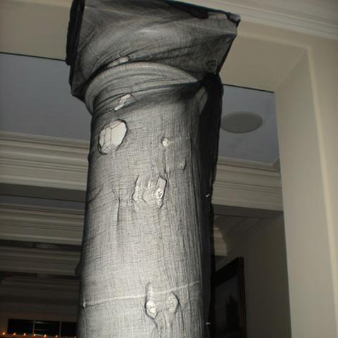 Algunas ideas para decorar para halloween - Como decorar una columna ...