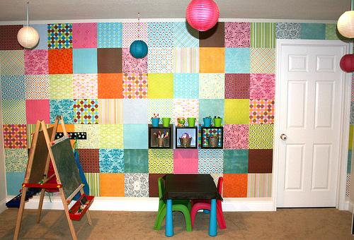 Habitaci n de ni os con papel en las paredes gu a para - Papel pared habitacion ninos ...