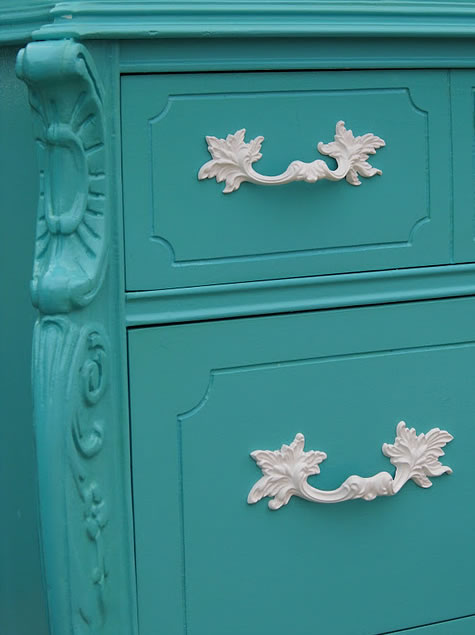 Muebles Exteriores : Restauración de un mueble en color turquesa