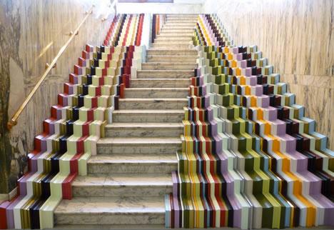 Escaleras con arte Escaleras-de-colores-6