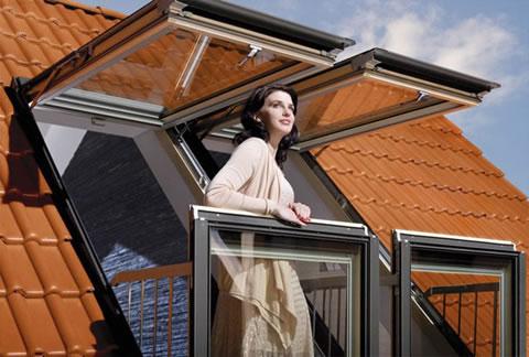 Ventanas balcon de Fakro para espacios reducidos 1