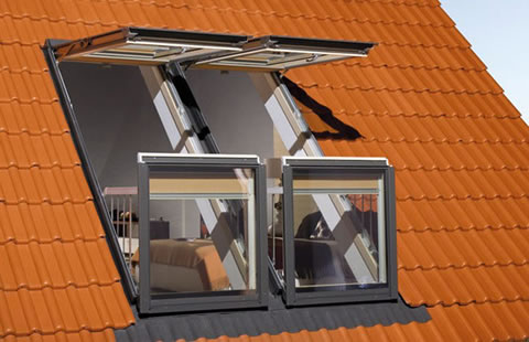 Ventanas balcon de Fakro para espacios reducidos 3
