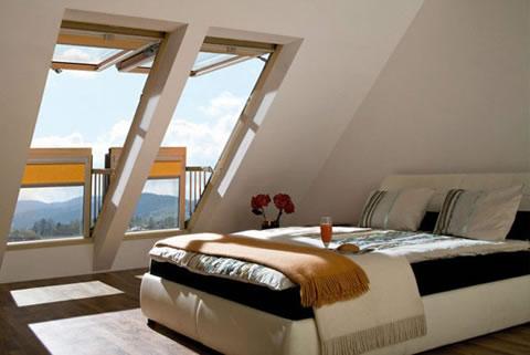 Ventanas balcon de Fakro para espacios reducidos 4