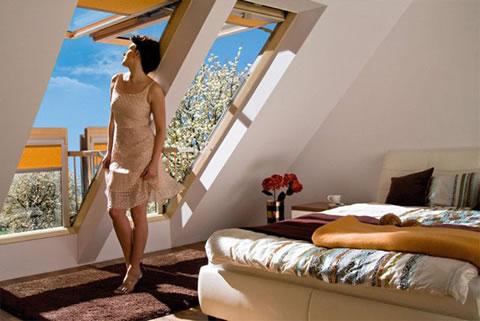 Ventanas balcon de Fakro para espacios reducidos 5