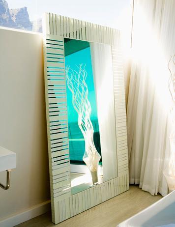 Cambiar el espejo del cuarto de ba o for Espejo pared habitacion