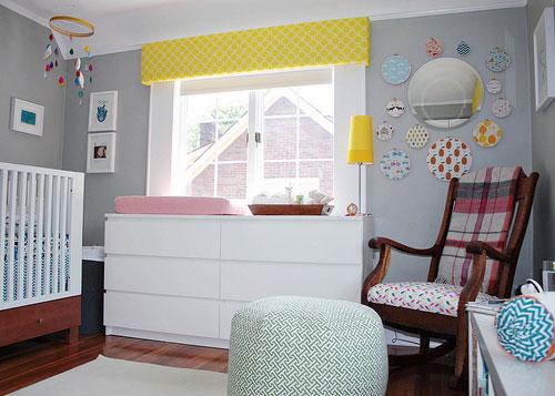 Habitación para bebés con detalles retro 2