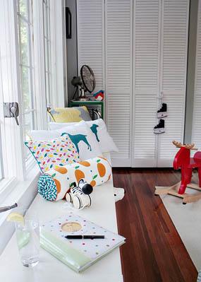 Habitación para bebés con detalles retro 9