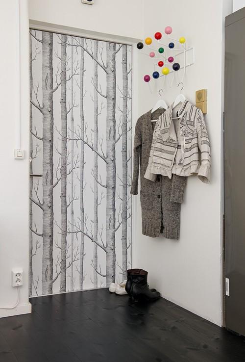 Puertas con papel pintado 1