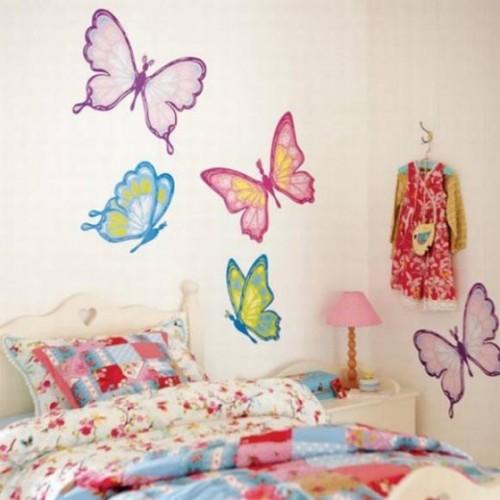 Decorar con mariposas la habitacion 13