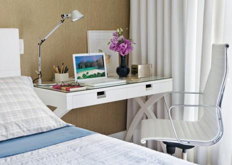Tres ideas para peque os escritorios for Mesas ordenador para espacios pequenos