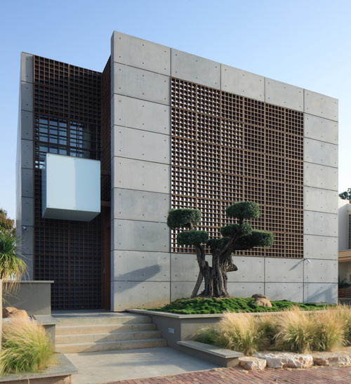 Casa hecha con paneles de hormigón