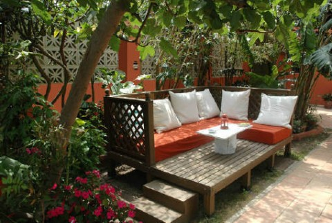 Crea tu exterior chill out for Decoracion jardin chill out