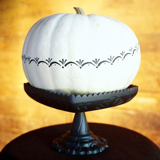 Decoraciones en blanco y negro para Halloween 4