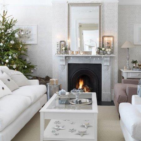 Diez salones decorados para Navidad 7