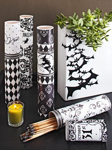 decoraciones en blanco y negro para Halloween 5