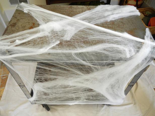 Un bar espeluznante para halloween - Como hacer tela de arana ...